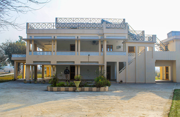 Sathiana Forest Rest House in Dudhwa National Park